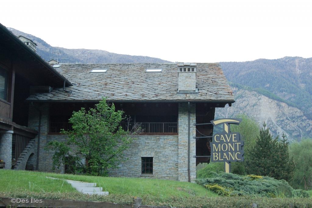 La Ruine La Cave del Blanc de Morgex et de La Salle